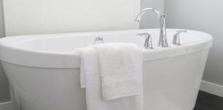 Какова причина запрета мыть все тело в шаббат?