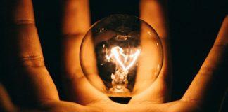 зажги свечу и свети